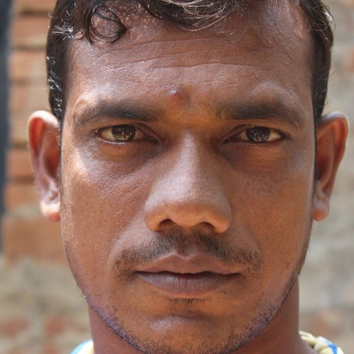 Yadav Dalui is a Mason from Rasora (P), Kandi, Murshidabad, West Bengal