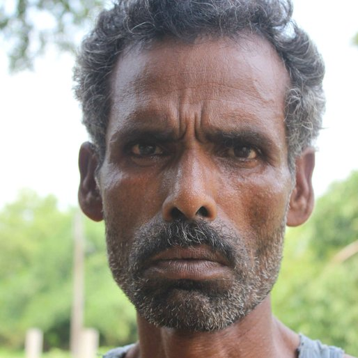 Zummad Sheikh is a Daily wage labourer from Kalitala , Beldanga-I , Murshidabad, West Bengal