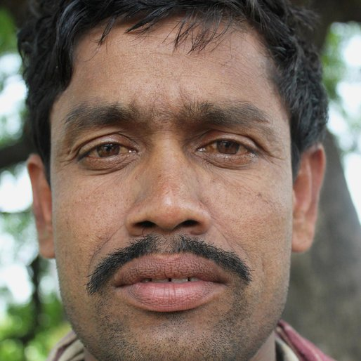Suchinta Nandi is a Daily wage labourer from Saktipur, Beldanga-II, Murshidabad, West Bengal