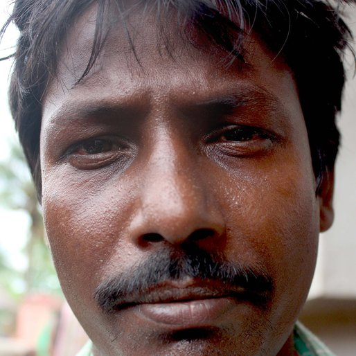 Nirmal Das is a Daily wage labourer from Bharatpur, Bharatpur-I, Murshidabad, West Bengal