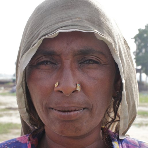 Sakina is a Unemployed; mendicant from Abholi, Rania, Sirsa, Haryana