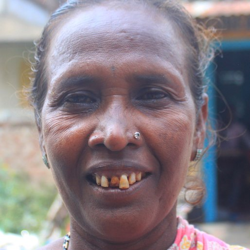 MALATI MAAL is a Labourer from Bhadul, Bankura II, Bankura, West Bengal