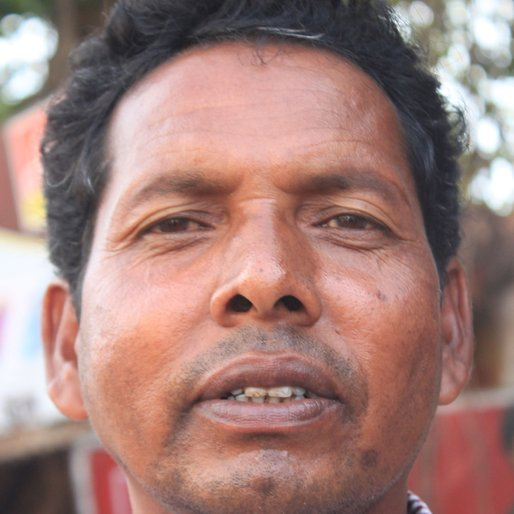 GANGADHAR MANDAL is a Labourer from Susunia, Onda, Bankura, West Bengal