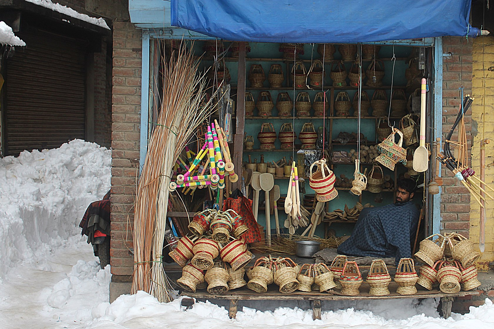 A kangri shop in Charar-i-Sharief, which sees, on average, 10-20 customers a day