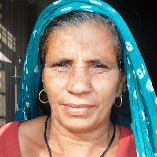 Kamlesh Kundu is a Homemaker from Khairi, Uklana, Hisar, Haryana