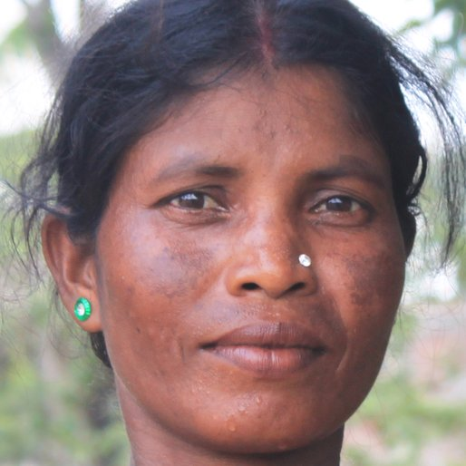 Manasi Roy is a Wage labourer from Madina, Goghat-I, Hooghly, West Bengal