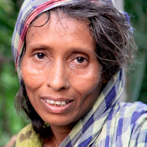 NOORJAHAAN BIBI is a Labourer from Rautara, Habra, North 24 Parganas, West Bengal