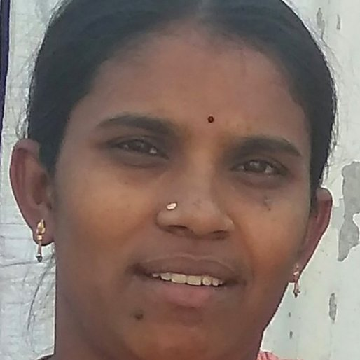 Parameshwari Alakante is a Homemaker from Oldbowenpally, Balanagar, Medchal, Telangana