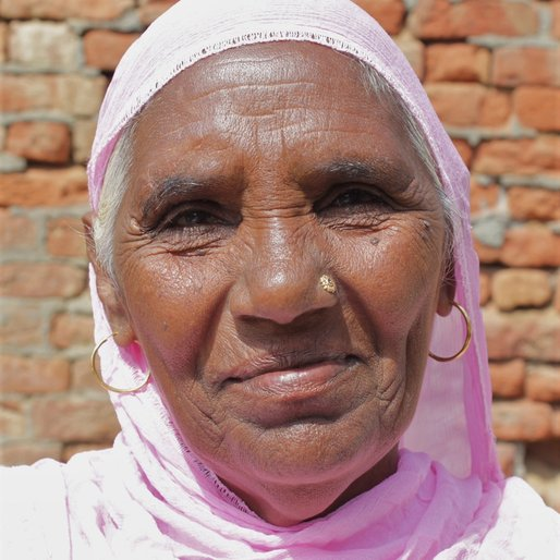 Prakash Kaur is a Farmer from Haroli, Ratia, Fatehabad, Haryana