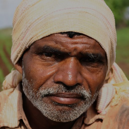RAJARAM YASHWANT PATIL is a Farmer from Sambhapur, Hatkanangle, Kolhapur, Maharashtra