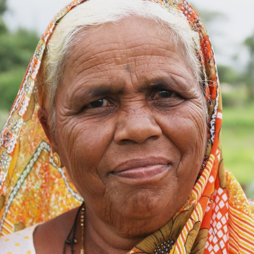 Indubai Sawant is a Farmer and labourer from Nej, Hatkanangale, Kolhapur, Maharashtra