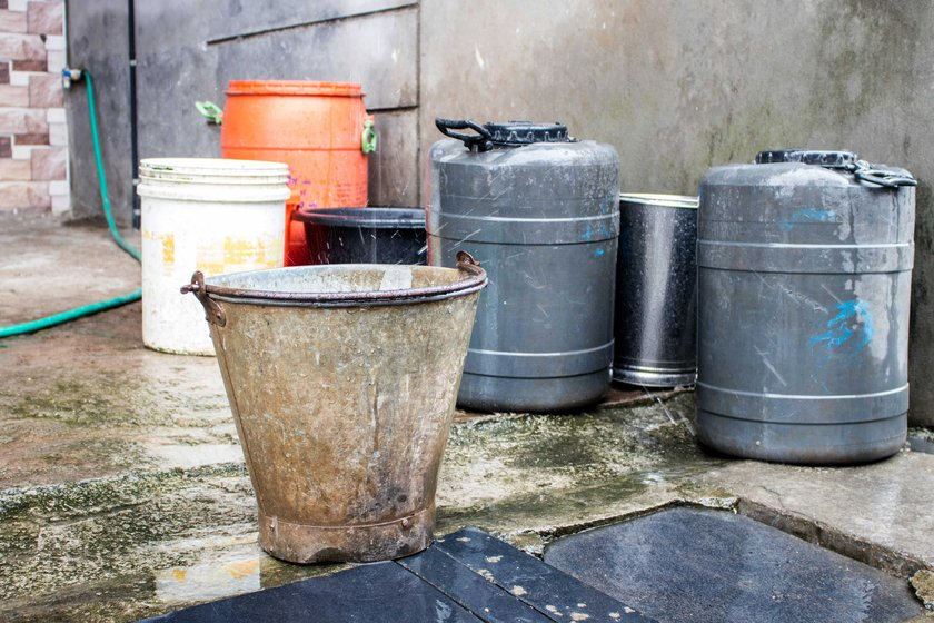 Vessels to store rainwater