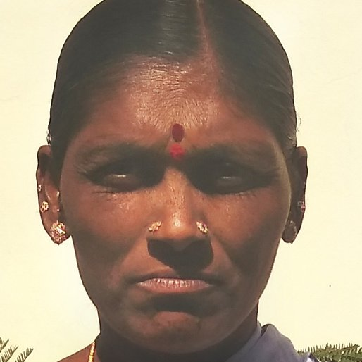 Shekamma Talluri is a Labourer from Doolapally, Dundigal Gandimaisamma, Medchal, Telangana