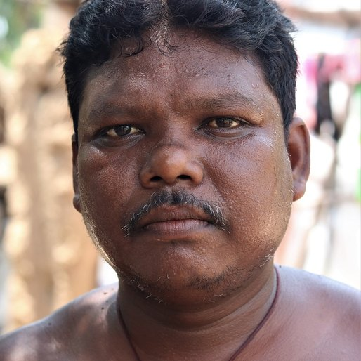 Sukanta Bhui is a Agricultural labourer from Patapur, Barang, Cuttack, Odisha