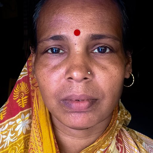 Krishna Singha is a Mid-day meal worker from Manikpur, Suti-II, Murshidabad, West Bengal