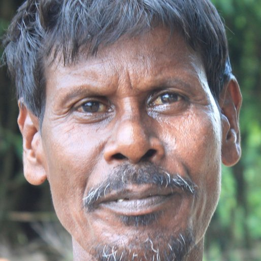 Swapan Roy is a Wage labourer from Madina, Goghat-I, Hooghly, West Bengal