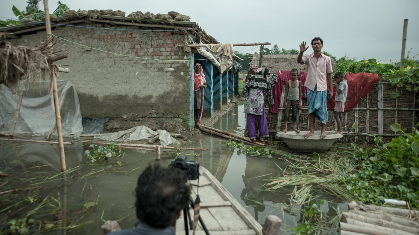 In north Bihar, embankments  built by the government along the turbulent Kosi have created conflict, aggravated floods and caused huge losses to the people living in Ghongepur and other villages