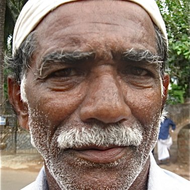 ABDUR REHMAN  is a Fish seller from Edayoor, Kuttippuram, Malappuram, Kerala
