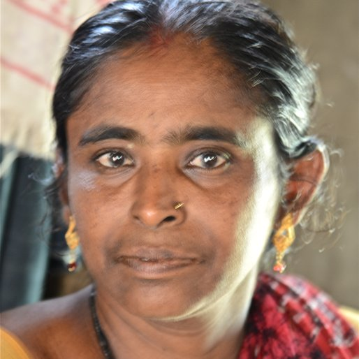 SWARNALATHA MONDAL is a Beedi maker; small farmer from Malkangiri Potteru, Kalimela, Malkangiri, Odisha